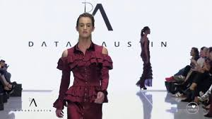 DATARI AUSTIN London NYFW Art Hearts Fashion Fall 2018/2019 - Fashion Channel